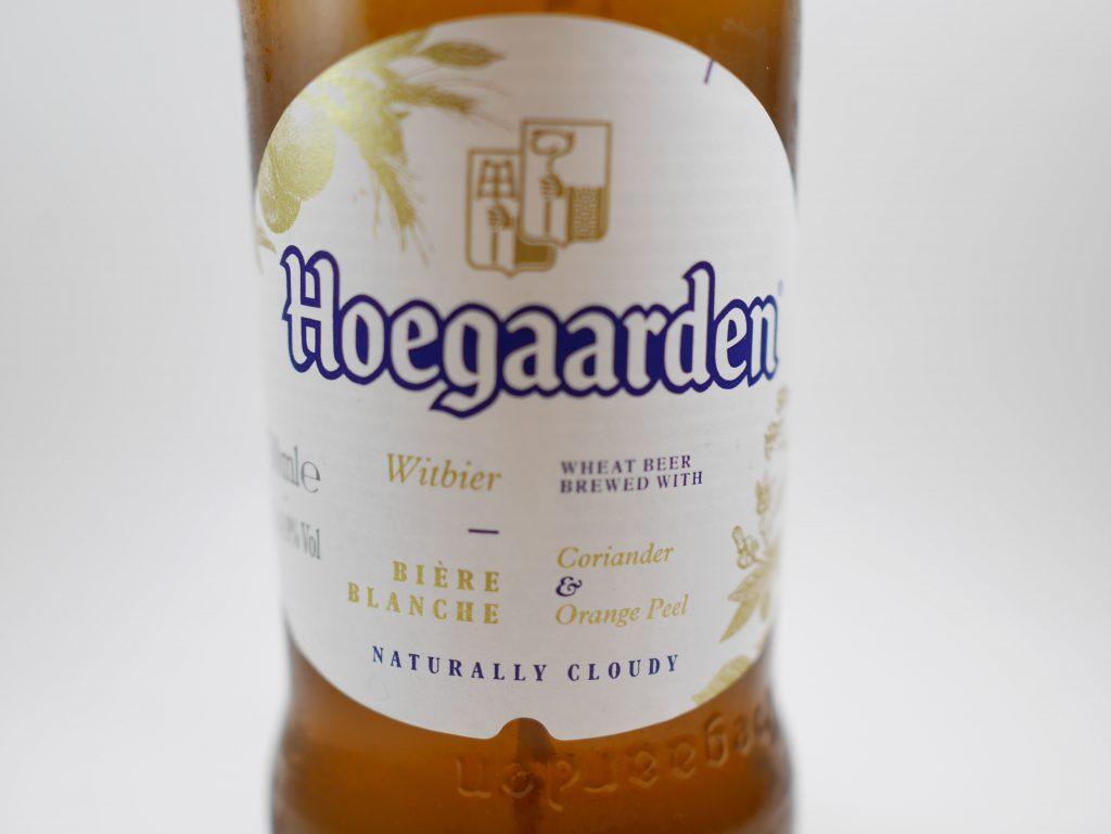 ヒューガルデンの瓶のラベル拡大