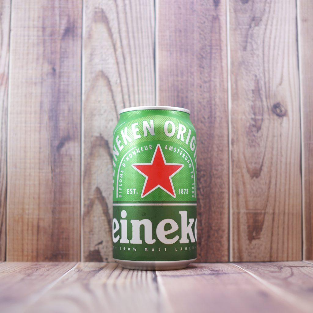 Heinekenの缶正面