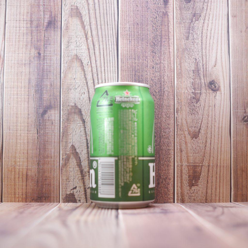 Heinekenの缶裏面